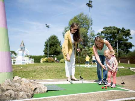 Minigolf at Caister on Sea Holiday Park