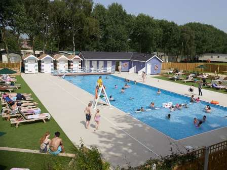 Outdoor swimming pool at Wild Duck Holiday Park